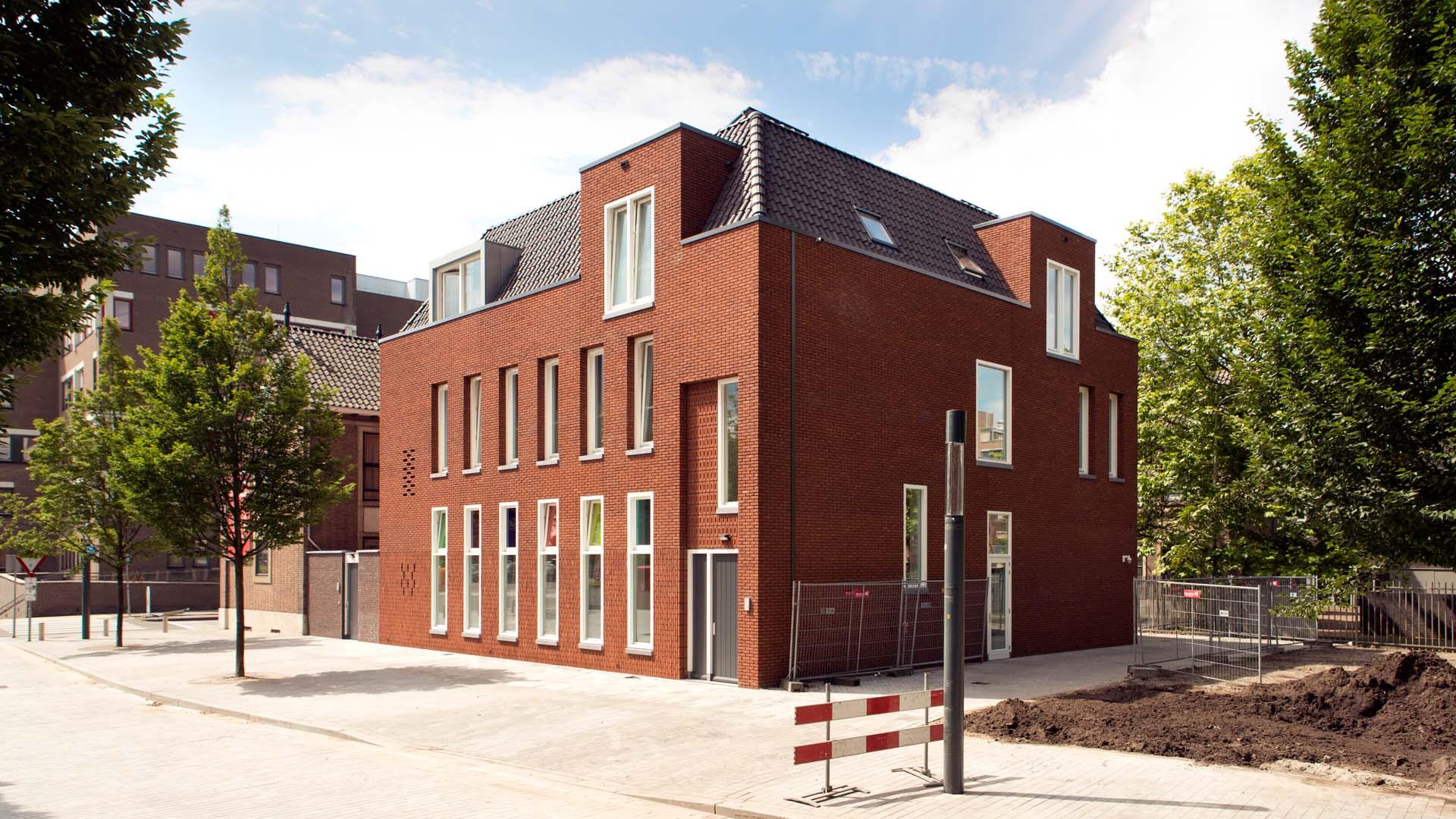 1318_Leger des Heils Molenweg Willem Brakmanstraat Enschede_02